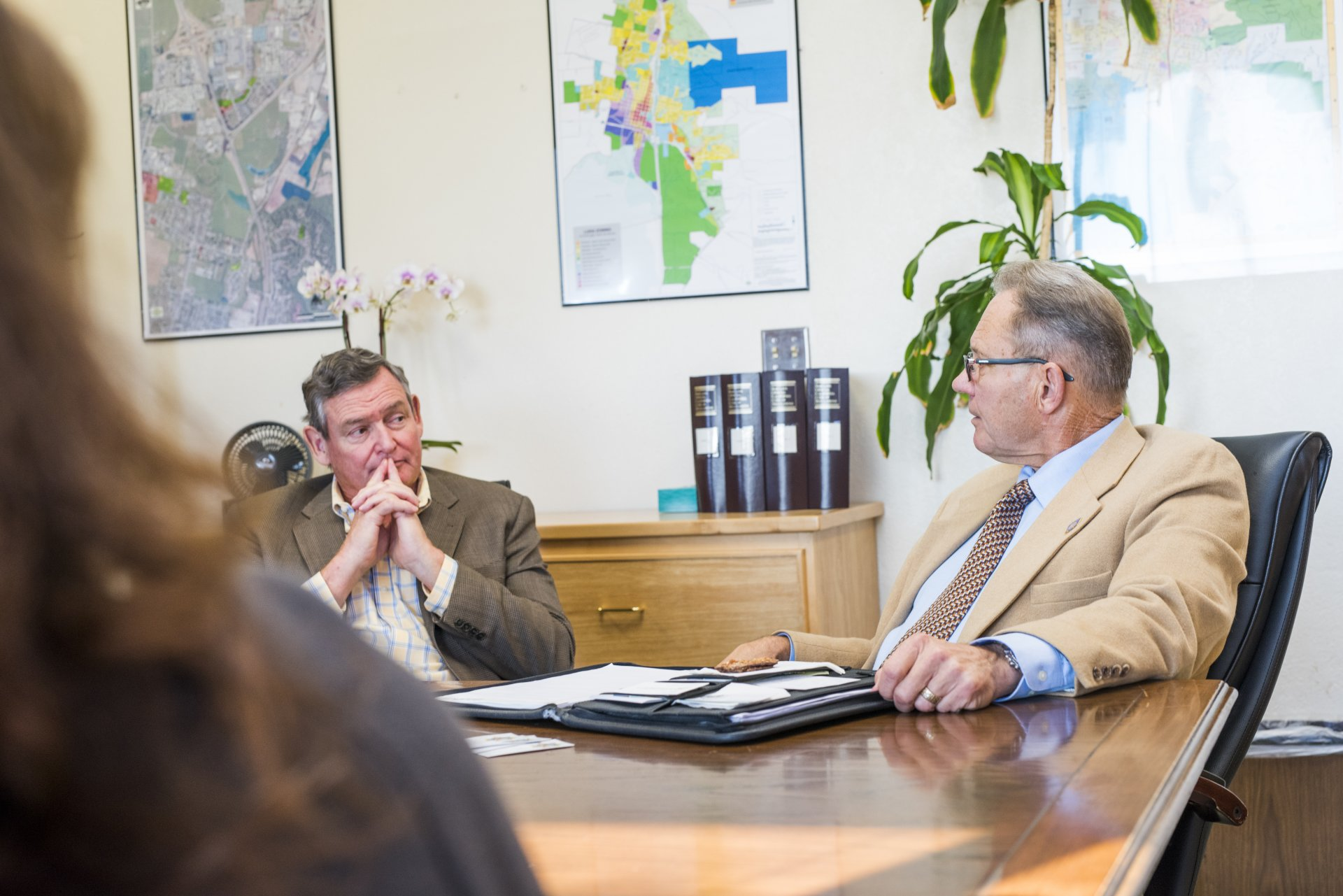 CSU Chancellor Timothy P. White with the Arcata Interim Police Chief Richard Ehle on Oct. 9 at HSU. | Photo courtesy of Humboldt State University