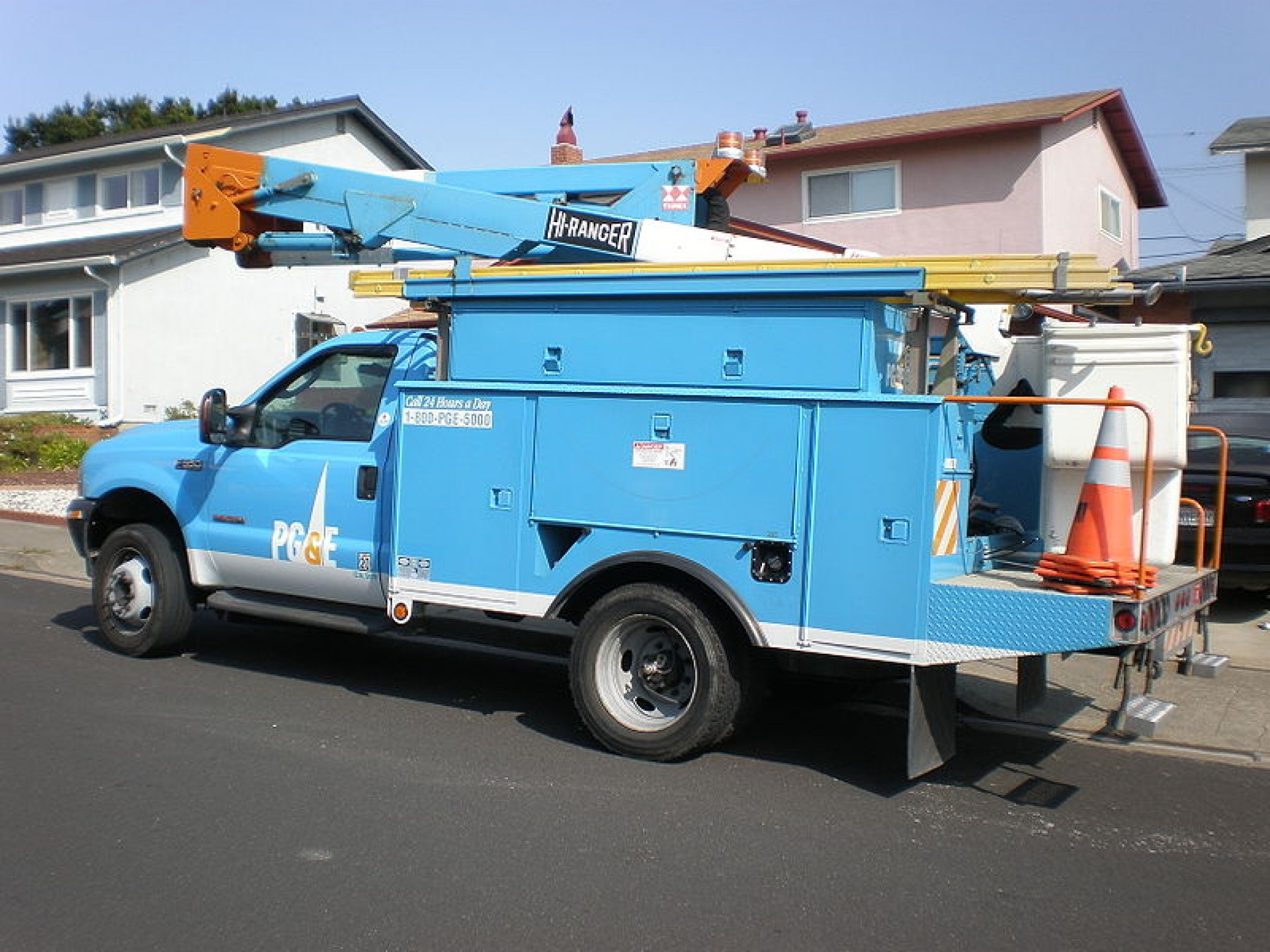 A PG&E truck. | Photo courtesy of Wikimedia Commons