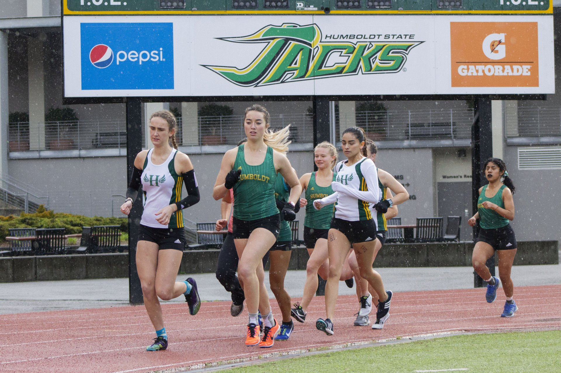 Cessair McKinney leading the sophomore pack followed by Kaylee Thompson and Rosa Granados. | Photo by Thomas Lal