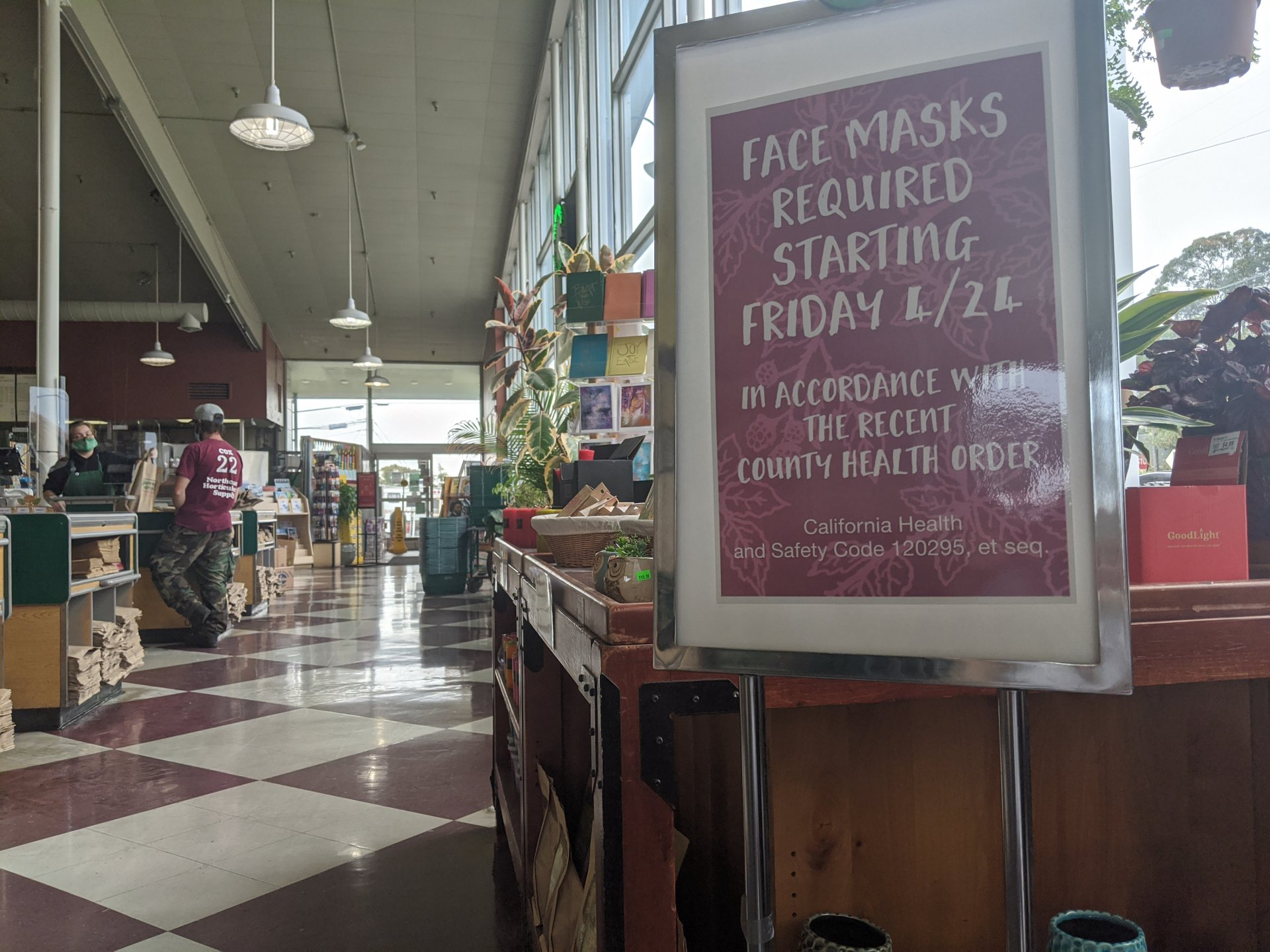 A sign inside of Wildberries Marketplace in Arcata requiring customers to wear masks. | Photo by Walker B. True