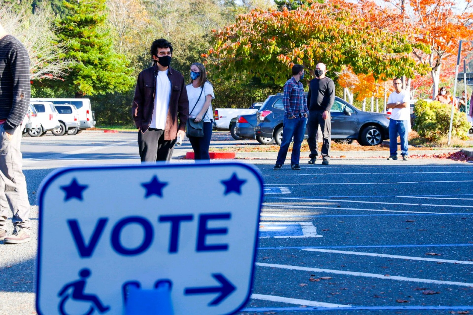 People walk to the Arcata Community Center to cast their ballots on November 3 | Photo by Thomas Lal