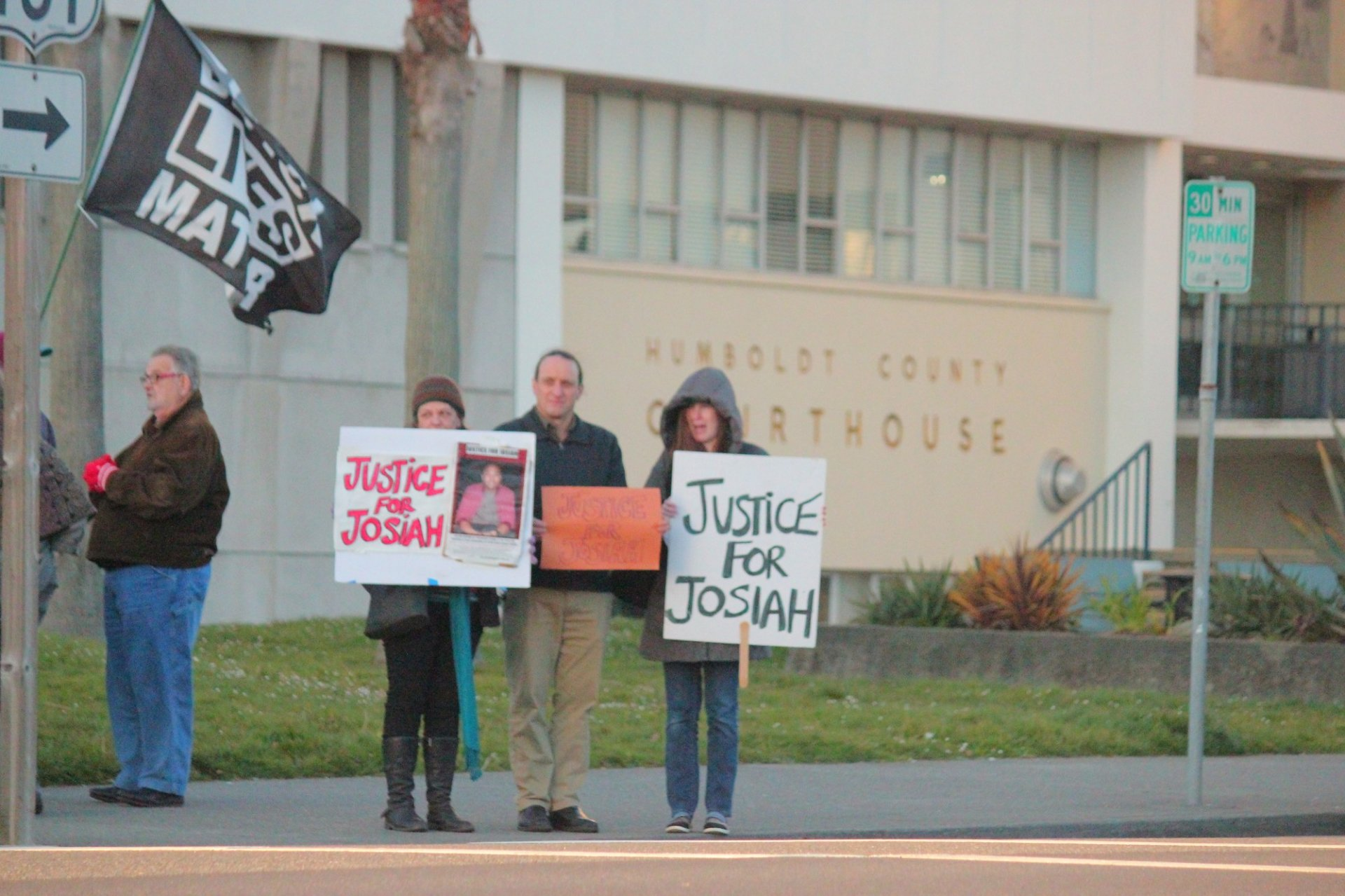 Protesters gathered in front of the Humboldt County Courthouse on March 13. | Photo by Freddy Brewster