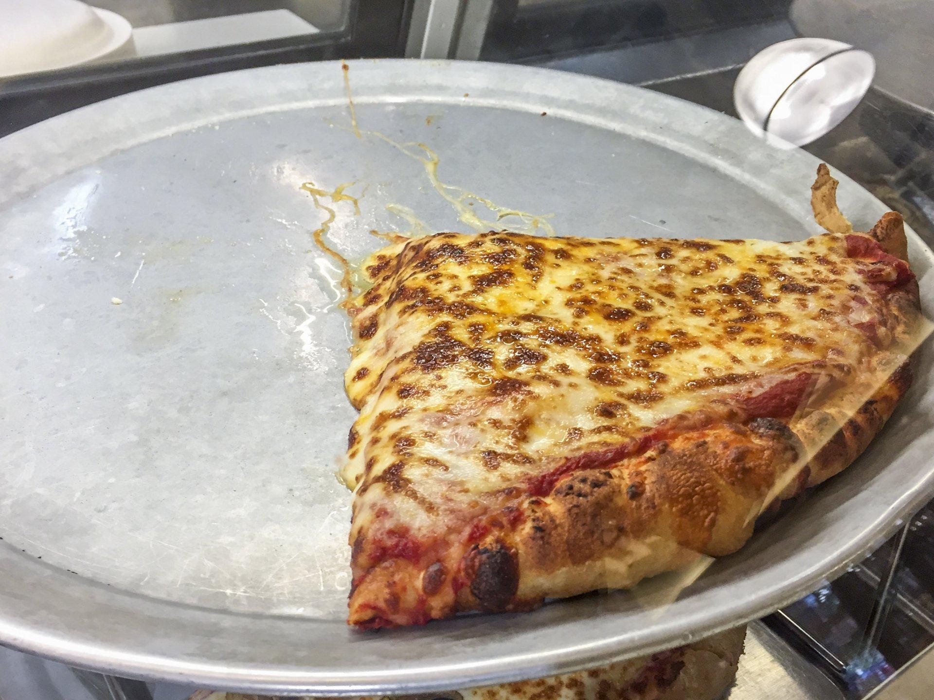 Cheese pizza | Iridian Casarez