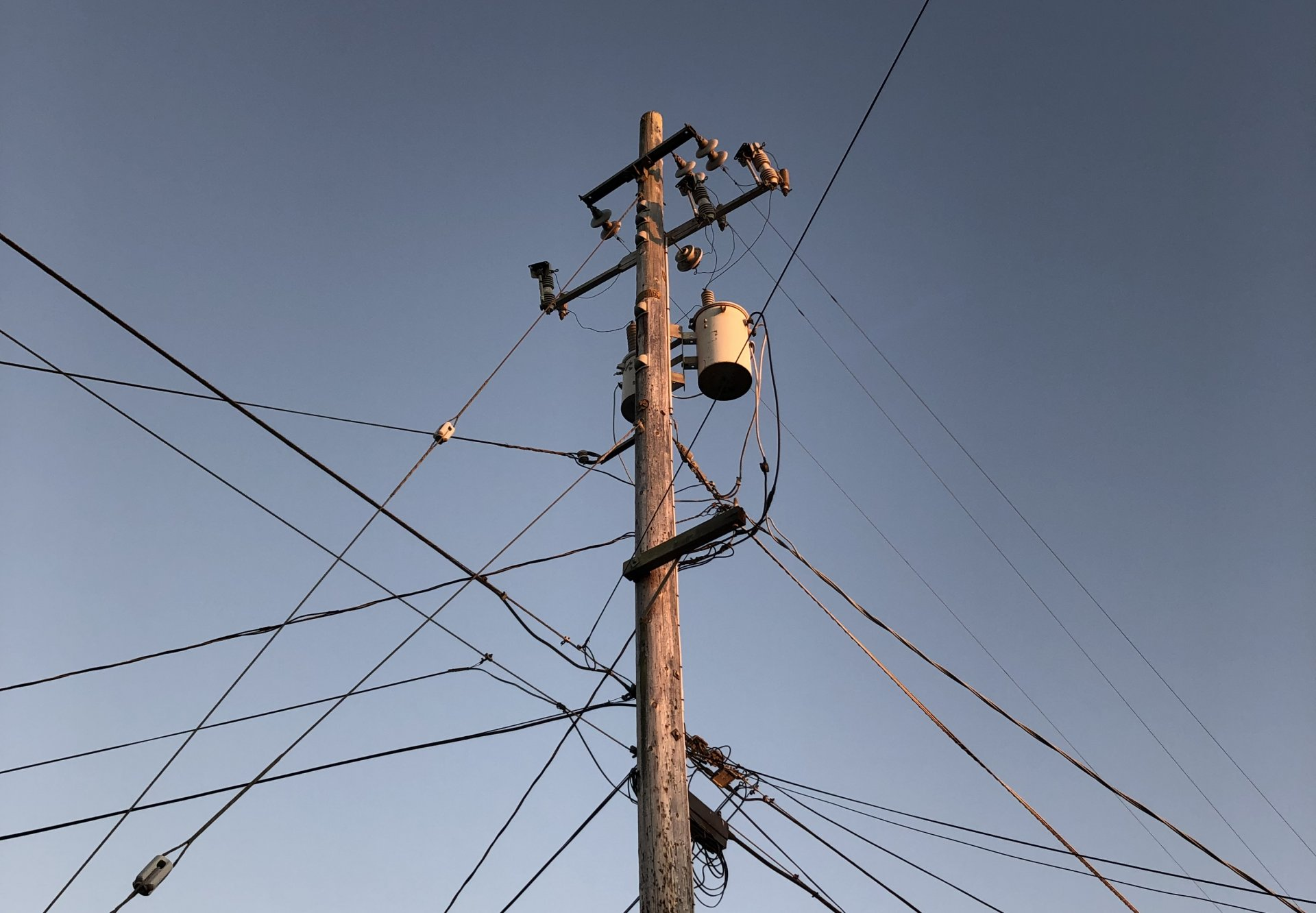 In an interview with The Lumberjack, PG&E spokesperson Deanna Contreras confirmed that approximately 850,000 customers could lose power on Oct. 26. | Photo by Deija Zavala