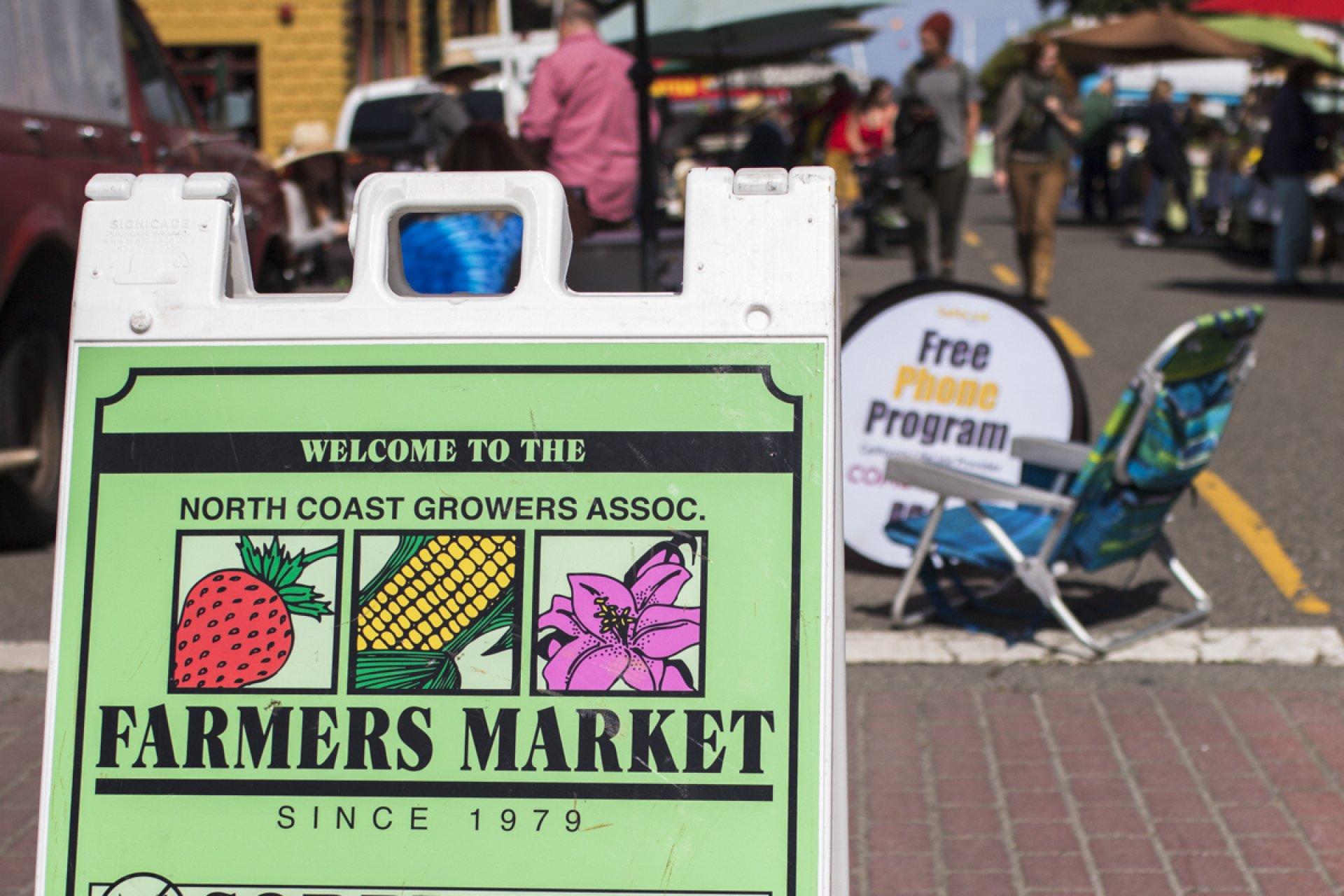 Sign outside the Farmers Market. Photo credit: Lauren Shea