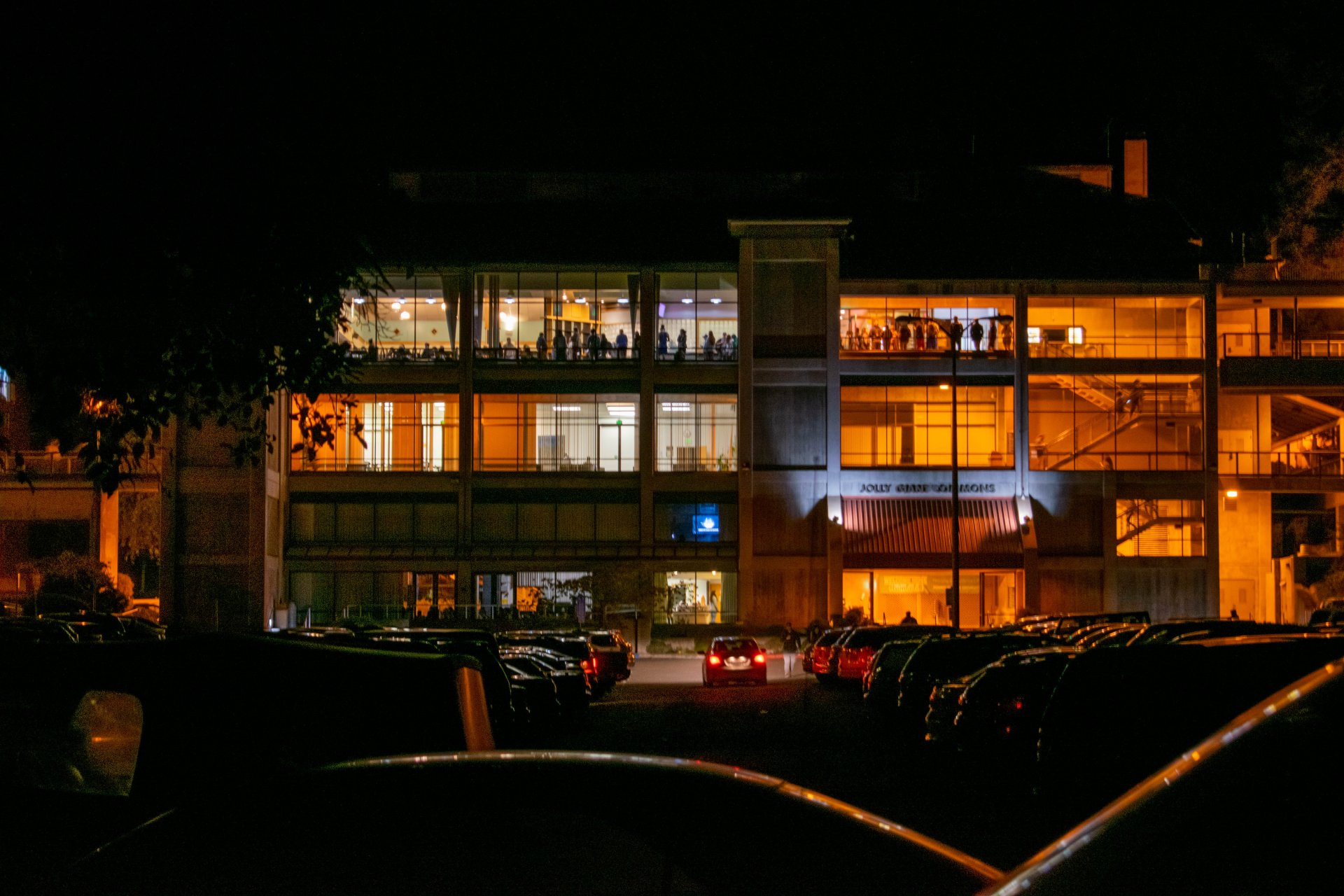 The Jolly Giant Commons during the Public Safety Power Shutoff on Oct. 27. | Photo by James Wilde