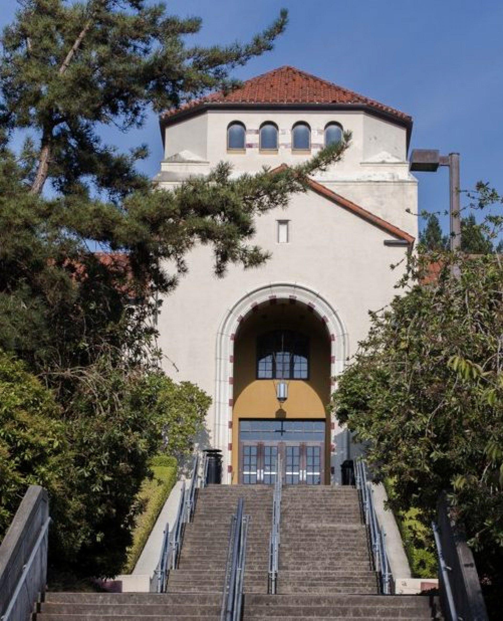 Founders Hall at HSU. Photo credit: Lauren Shea