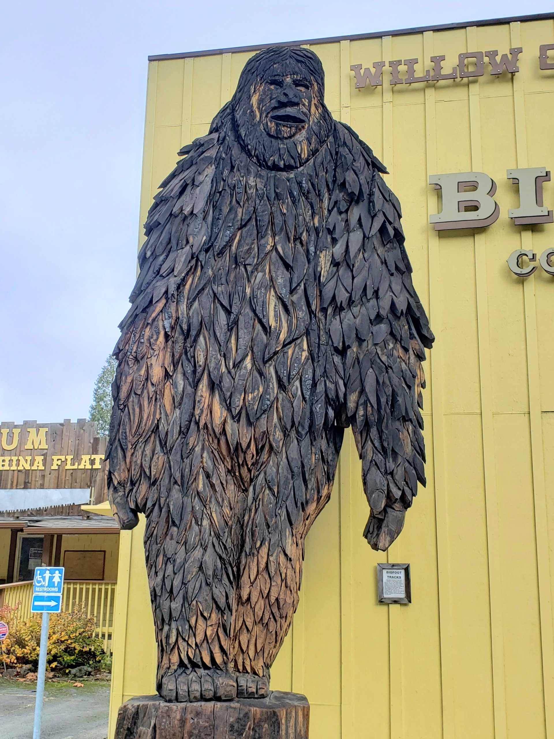 The Bigfoot statue in front of the Willow Creek Bigfoot Museum on Feb 6. | Photo by Sophia Escudero