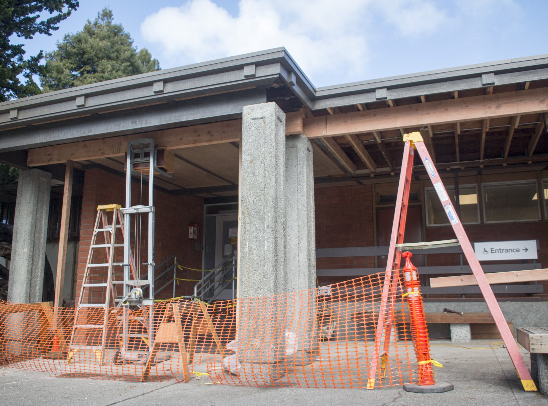 Student Health and Wellness Services at Humboldt State is under construction. Photo by Bailey Tennery.