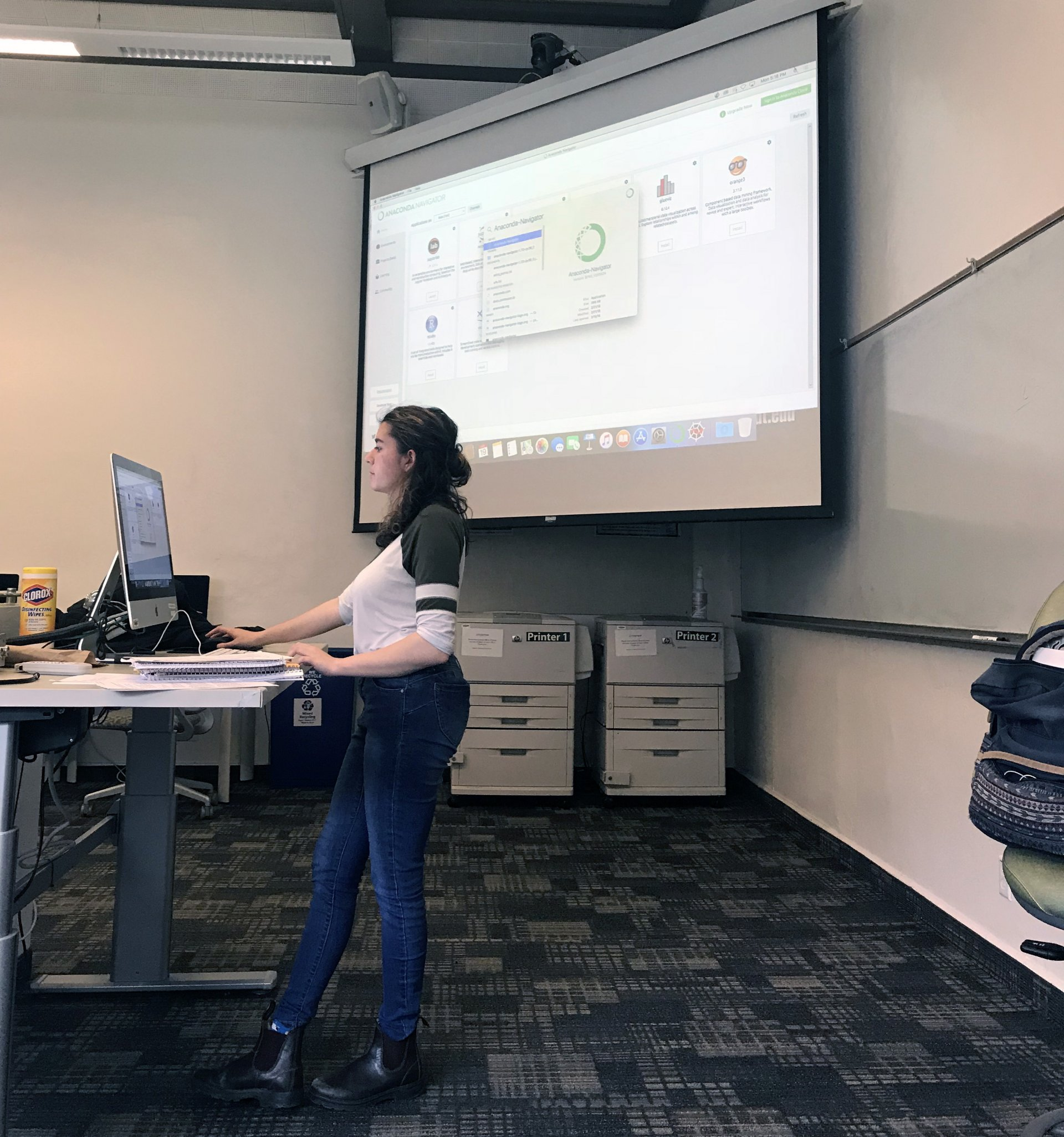 Kayleigh Migdol leads workshops on coding every Monday and Wednesday from 5-6 p.m. in Gist Hall 215. Photo by Emily Owen.